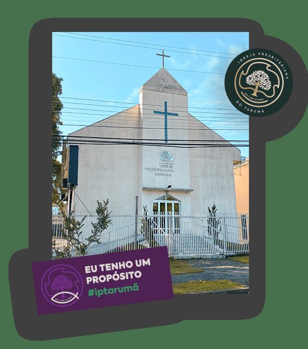visão frontal da igreja presbiteriana em curitiba